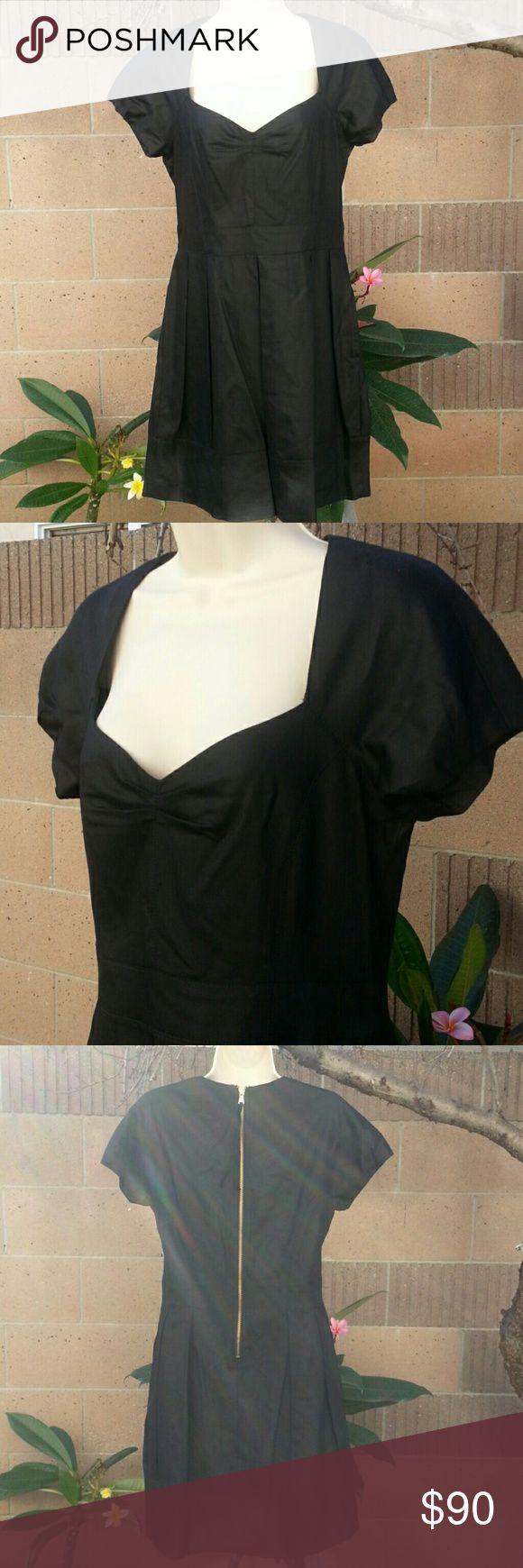 Marc Jacobs black dress size 8 Marc Jacobs black dress size 8  Great little black dress for the holidays Marc by Marc Jacobs Dresses