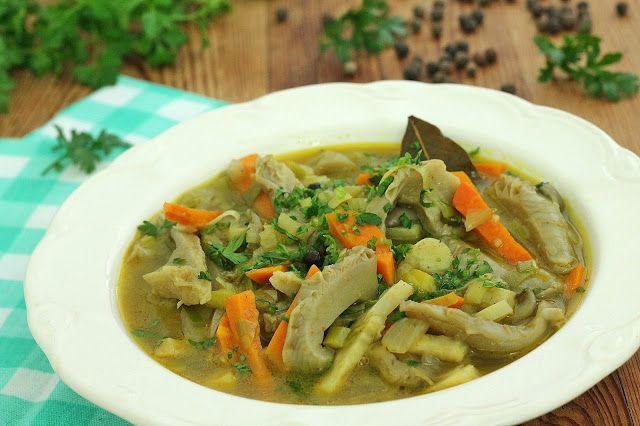 wesoła kuchnia: Zupa z boczniaków