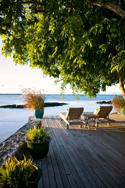 Your own private deck! L'Ilot is a luxurious 300 m² villa on its own private island in the N-E lagoon of Mauritius.