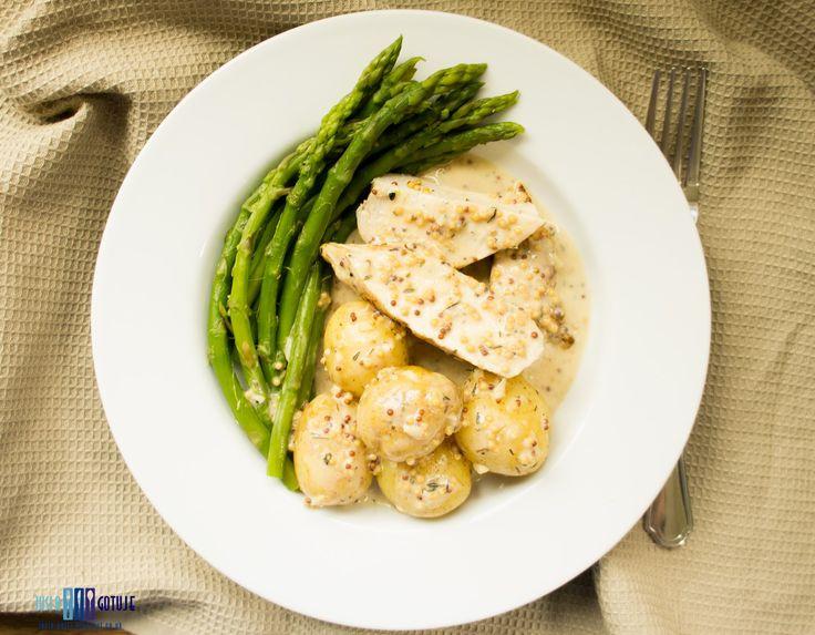 Jusia gotuje , food blog, healthy, zdrowo, jedzenie, proste gotowanie, : Pierś z kurczaka w kremowym musztardowym sosie. / Chicken breast in creamy mustard sauce.
