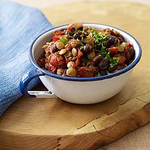 Lentils and black beans are a delicious pairing in this vegetarian chili. It's tasty on its own but also great topped with light sour cream and cheese. #recipe #WWLoves