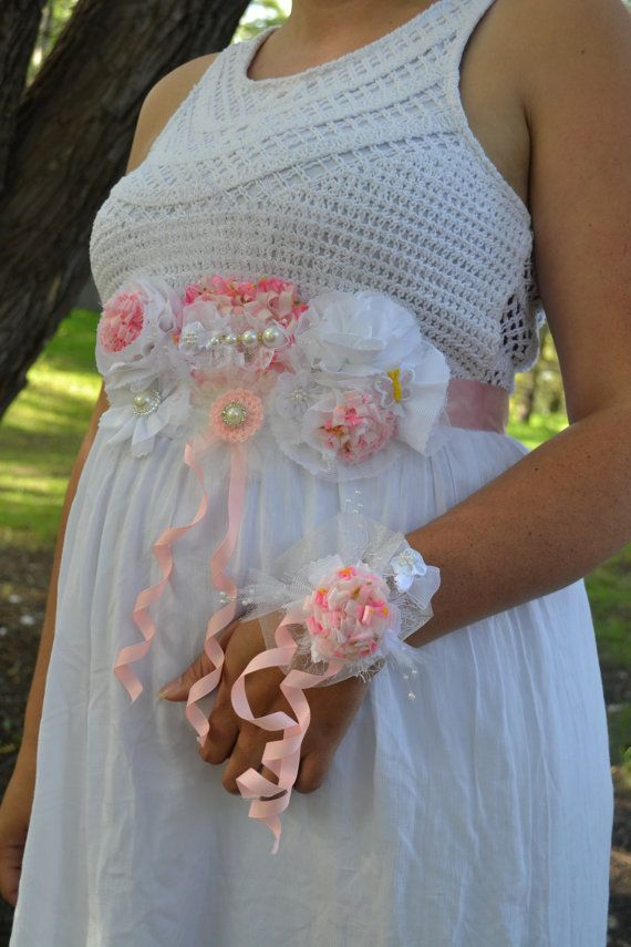 Corsage Mom. FREE GIFT. Maternity Band. Maternity Sash. Fabric Flower. Belly. Mom to Be Gifts. Baby Shower.