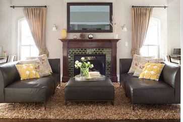 traditional living room by Chalet