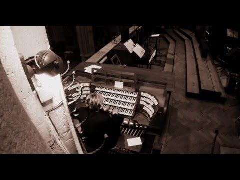 XAVER VARNUS IMPROVISE ON THE ZAGREB CATHEDRAL ORGAN ON THE NATIONAL ANTHEM OF CROATIA - YouTube