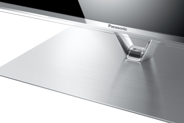 Panasonic TXL42FT60B - the best 42 inch TV? Read our review #LED #FHD #3D #TV