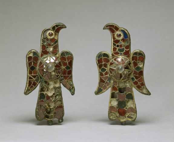 Resultado de imagen para original medieval jewelry