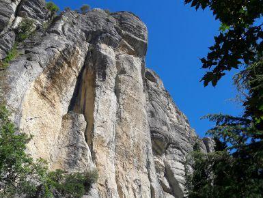 All'inseguimento della Pietra di Bismantova #giruland #diariodiviaggio #bismantova #dante #emilia #romagna #trekking #viaggio #travel