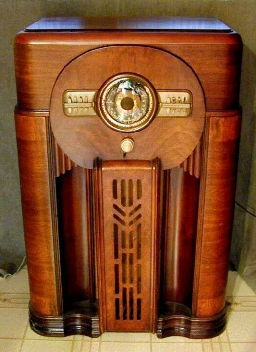 Console radio. This one has been so lovingly cared for, it looks showroom new. What a gorgeous cabinet!