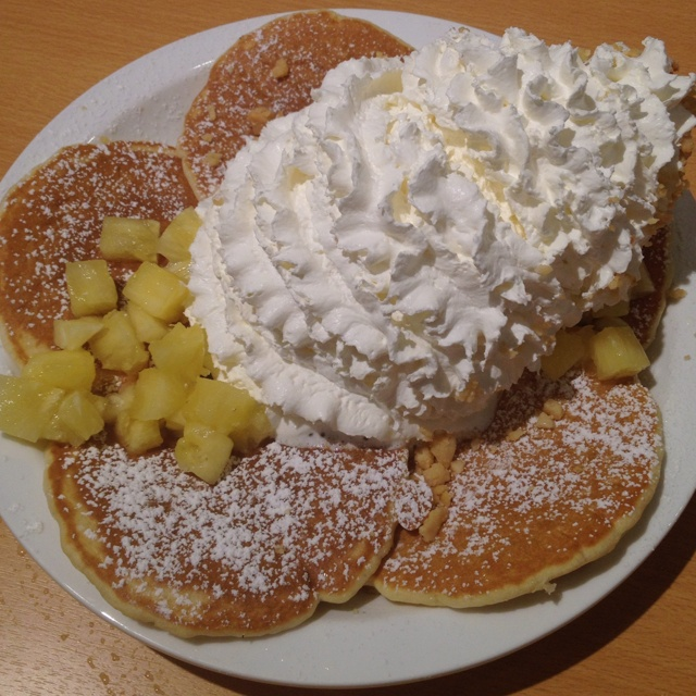 pineapple pancake @  eggs n things - Waikiki Beach