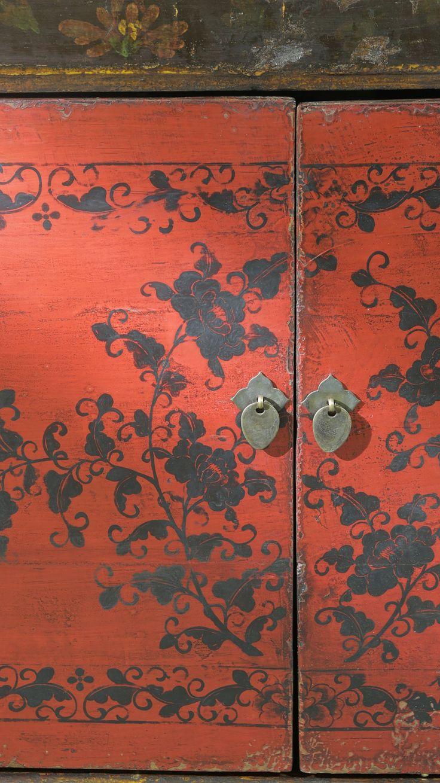 Антикварный комод, ручная роспись, лимитированная коллекция  Дерево…