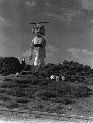 One Of The First Zozobra S At Fort Marcy Park New Mexico