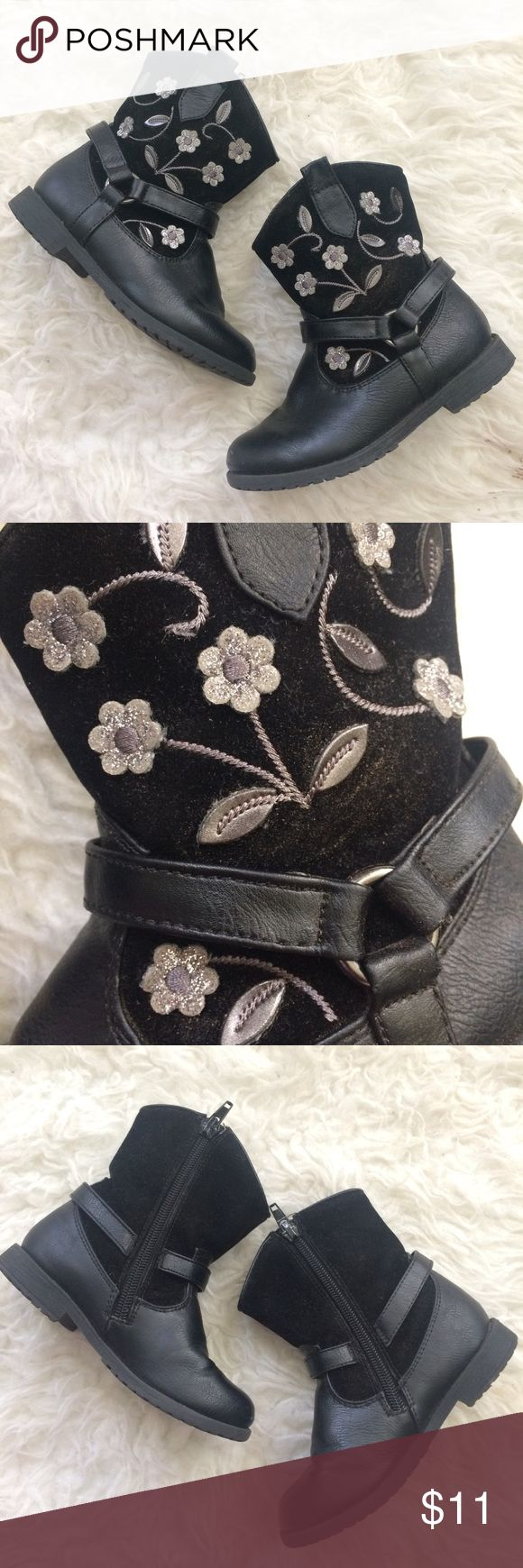 Rachel shoes Madison cowboy boots girls 9 Very good condition boots from Rachel shoes girls size 9. Silver floral appliqués embroidery and faux suede velvet and leather. Minor creases on front, otherwise minimal wear. Rachel Shoes Boots