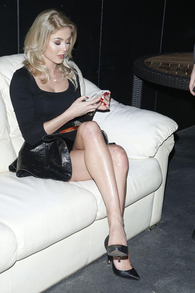 Joanna Opozda - Joanna Opozda pochwaliła się długimi nogami