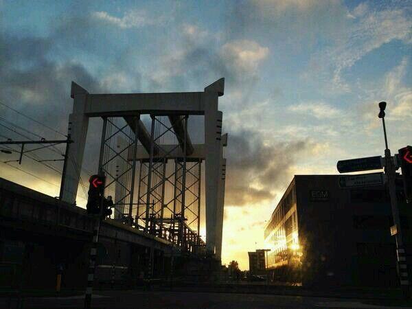 Zwijndrechtse brug at sunset