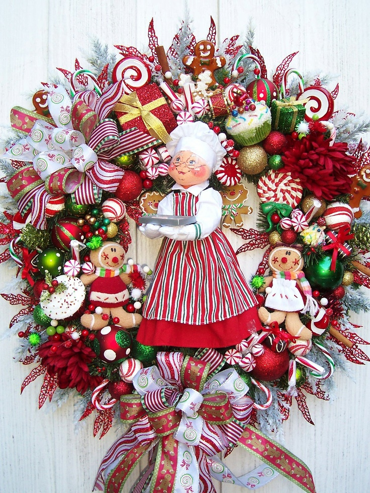 Baking Gingerbread With Mrs. Clause Christmas Holiday Wreath Annalee...$179.00 ....<3