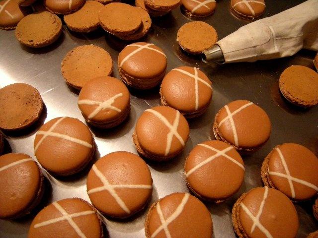 Gingerbread Macaroons