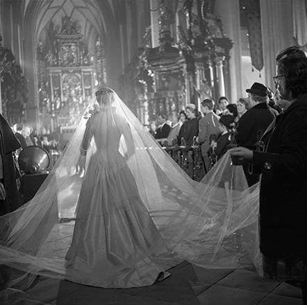 The wedding scene. Via the AllAboutJulie Tumblr / Pinterest.