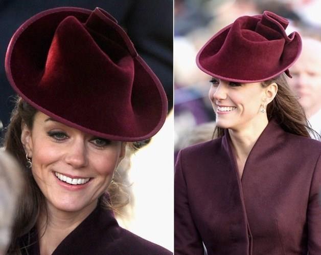 """Cambridge Düşesi Catherine, asıl adıyla Catherine Elizabeth """"Kate"""" Middleton, Cambridge Dükü Prens William'ın eşidir."""