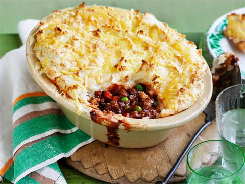 Cottage Pie: Now you can eat delicious cottage pie without feeling guilty! This recipe is a favourite diabetic friendly dish.