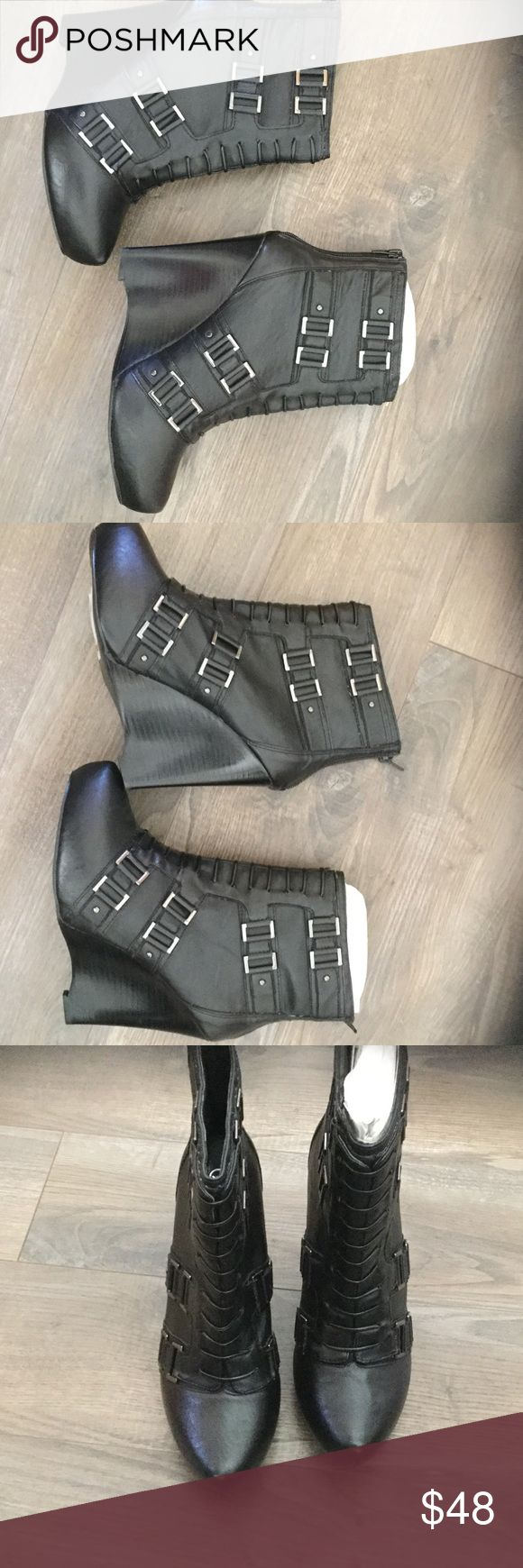 NWT Carlos Santana boots Never worn Carlos Santana Shoes Ankle Boots & Booties