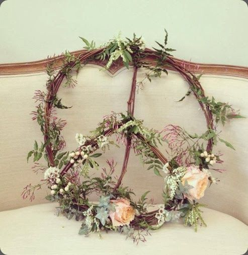 wreath 1150126_488173644605457_1358863680_n cotton blossom