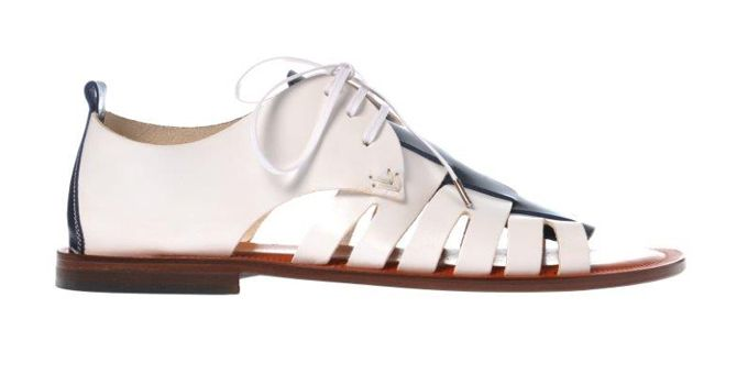 """I #sandali """"da gladiatore"""" sono da sempre una tendenza estiva. Per l'estate 2015 i sandali da uomo di #Pollini sono chic e urban. #ss2015 #polllini #shoeshttp://www.sfilate.it/227609/sandalo-gladiatore-pollini-per-uomo-urban-chic"""