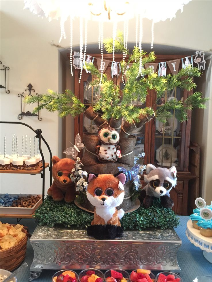 17 best ideas about woodland baby showers on pinterest for Baby shower tree decoration