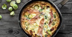 Wenn es draußen ungemütlich ist, darf es in der Küche etwas deftiger zugehen. Bei dieser italienischen Variante des Omeletts greift Ihre Familie bestimmt gerne zu.