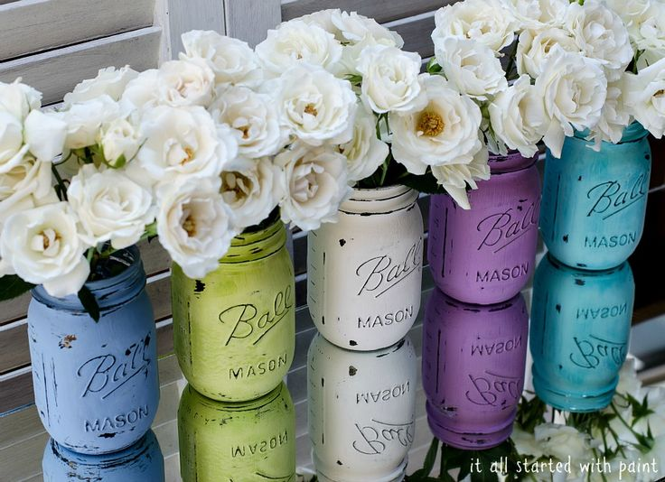 How beautiful are these distressed mason-jars!! Easy to get the Spring in your home.