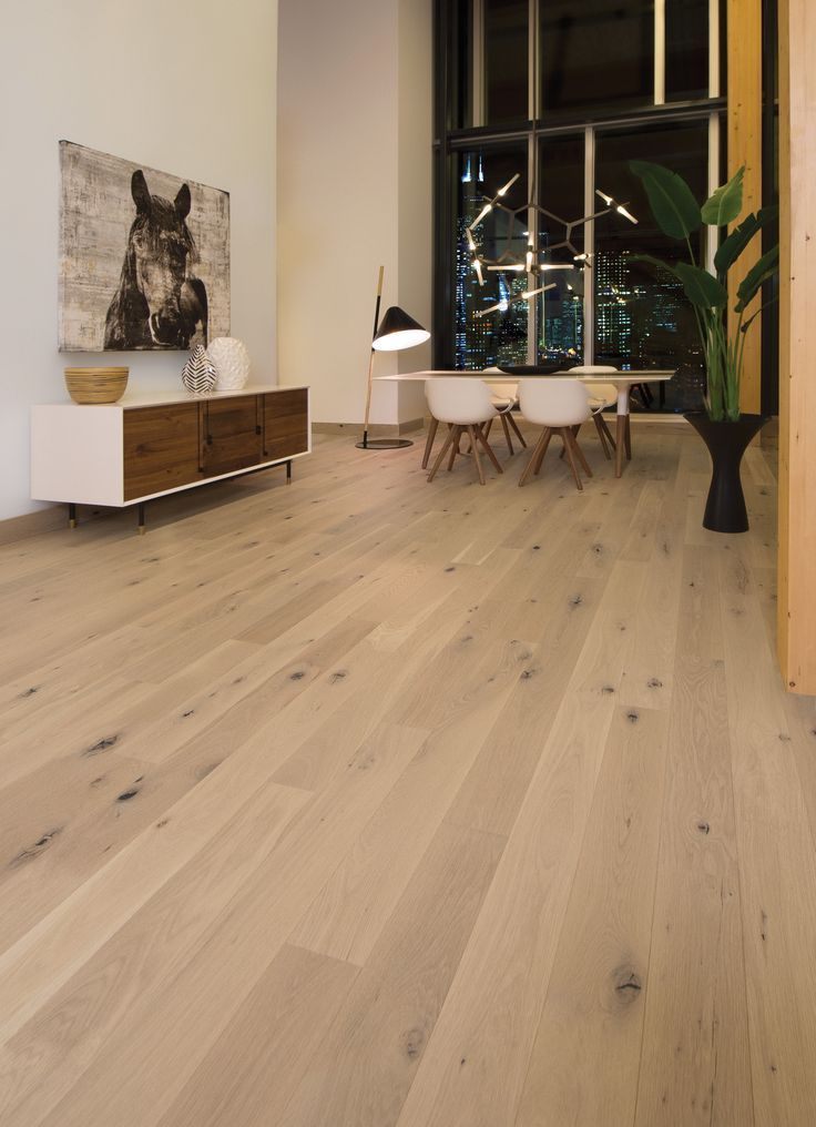 Plancher En Bambou Massif In 2020 White Oak Hardwood Floors White Oak Floors Wood Floor Colors