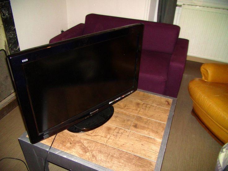 """Téléviseur panasonicDiagonale : 81 cm (32"""")• TV Full HD (HD TV 1080p) : 1920 x 1080. Location Panasonic Ecran plat à Venansault (85190)"""