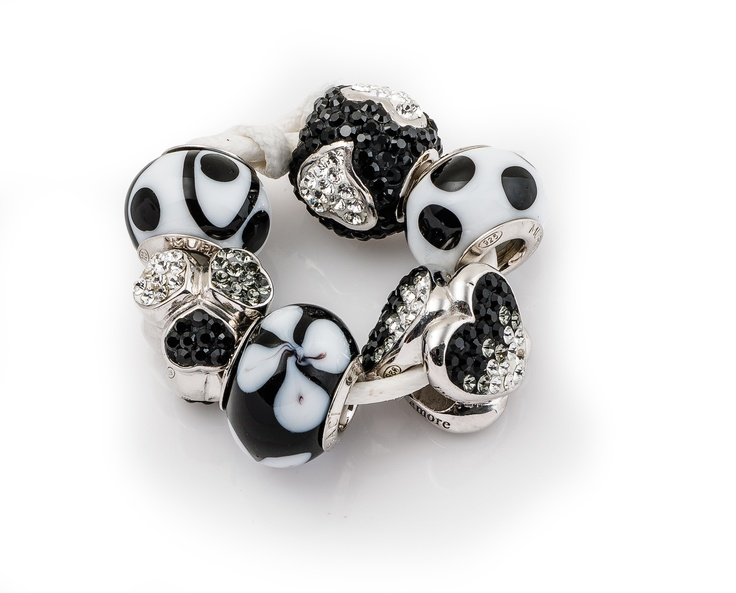 "Amore & Baci ""fashion night out"" bead set"