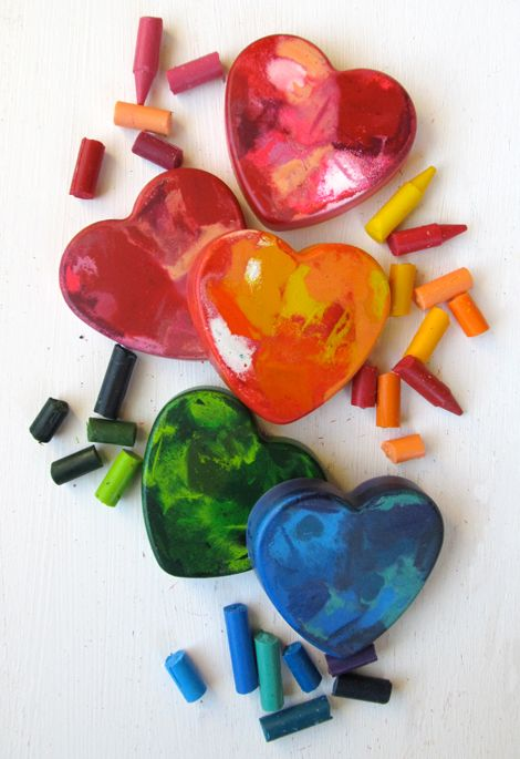Bake 300 degrees for 15 min. The crayons will become completely liquefied. Cool for about 20 min or until the crayon is solid again.  57 hearts using abt 200 crayons.