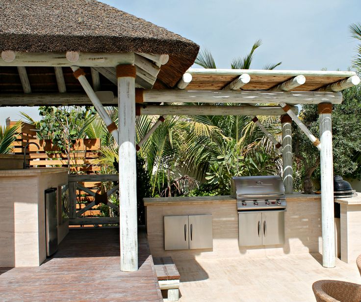 Modern whitewash thatched gazebo with pergola extension for bbq! Perfect for summer!!