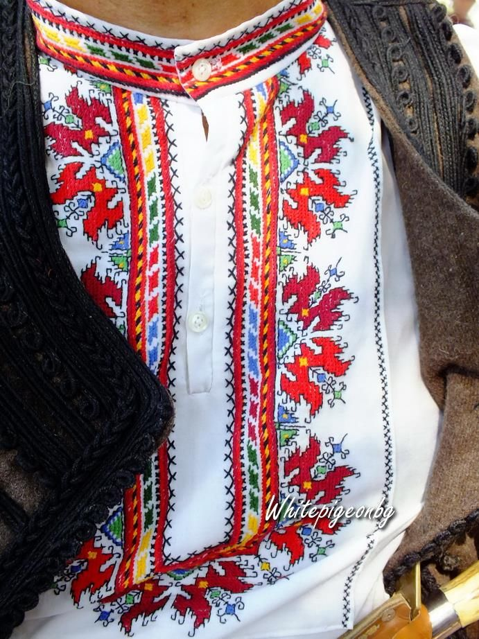 Traditional embroidered man's hirt from the Pazardjik region (central Bulgaria).