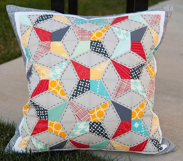 Pitter Putter Stitch: Paper Pieced Kaleidoscope Tutorial
