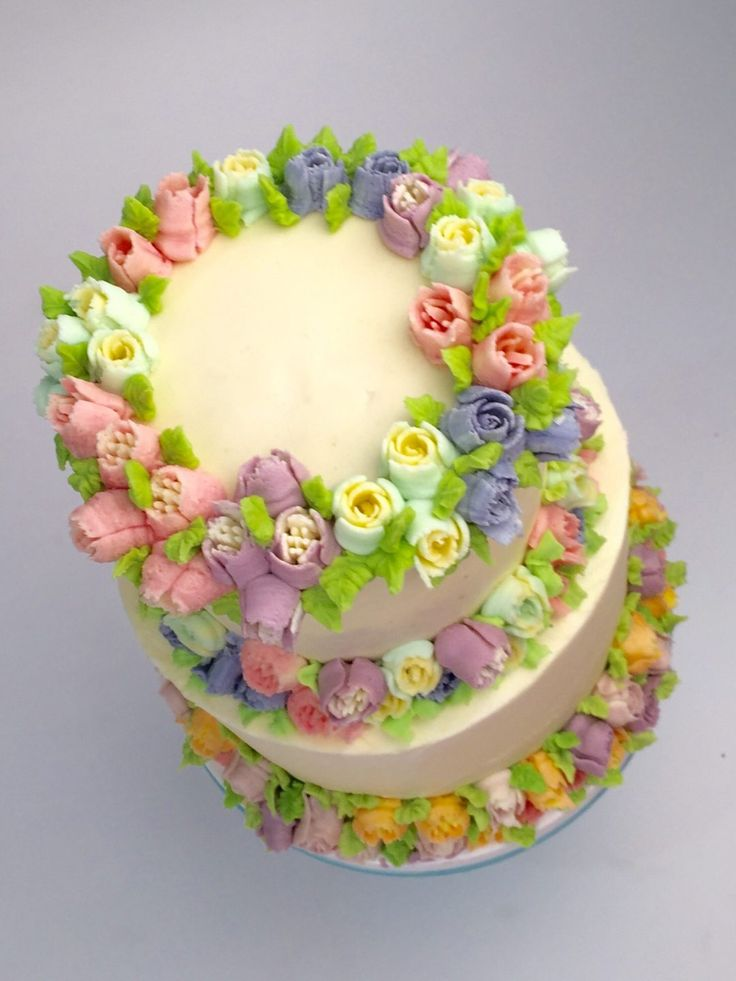 Cake Decorating Piping Flowers : 256 best images about Russian icing tips on Pinterest ...