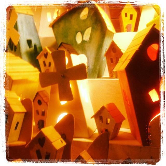 Mercantia. Certaldo(Florence) wooden little houses by vaiolet