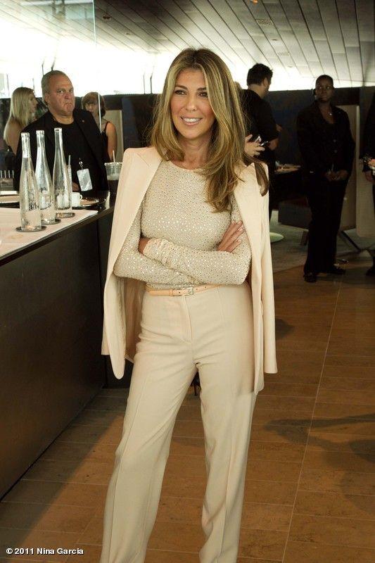 Nina Garcia monochromatic dressing... Always classy