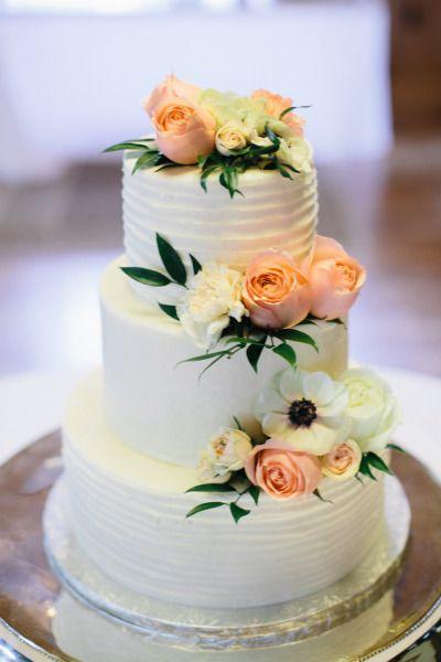 1000 Ideas About Peach Flowers On Pinterest White Flower Arrangements Bac