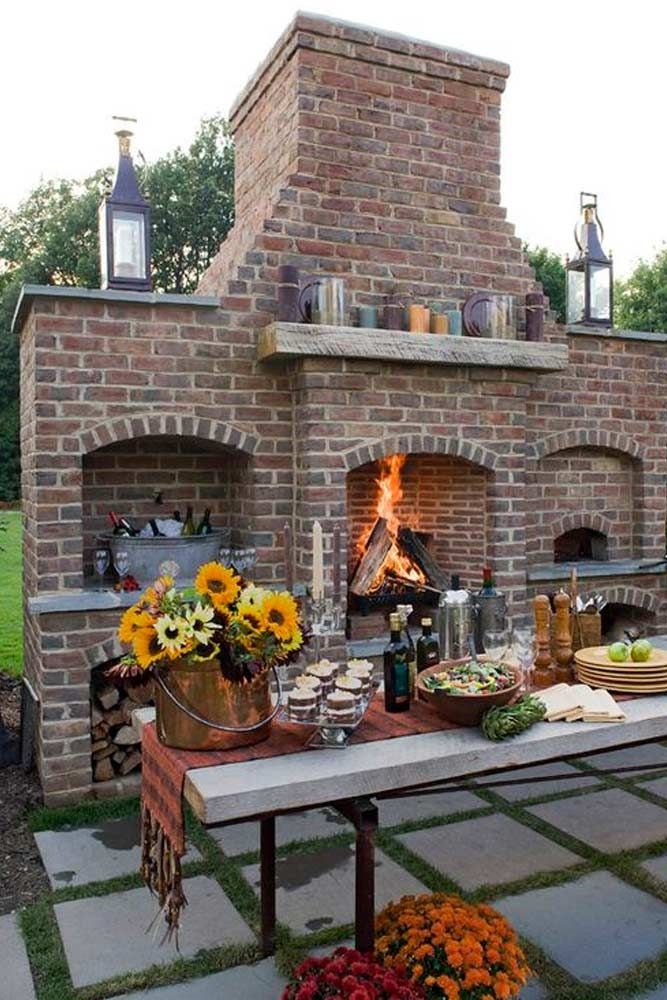 Here for you 30 ideas with outdoor fireplace. ★ See more: http://glaminati.com/amazing-outdoor-fireplace-ideas/?utm_source=Pinterest&utm_medium=Social&utm_campaign=amazing-outdoor-fireplace-ideas&utm_content=photo20