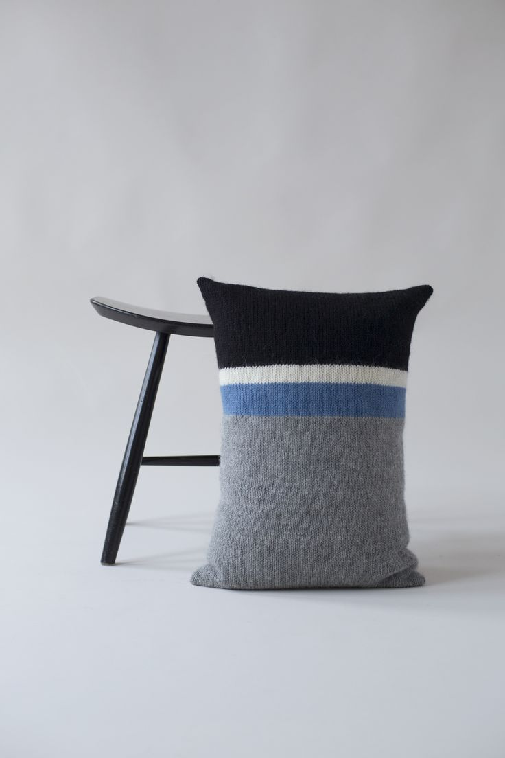 KIT COUTURE Tjörn Pillow