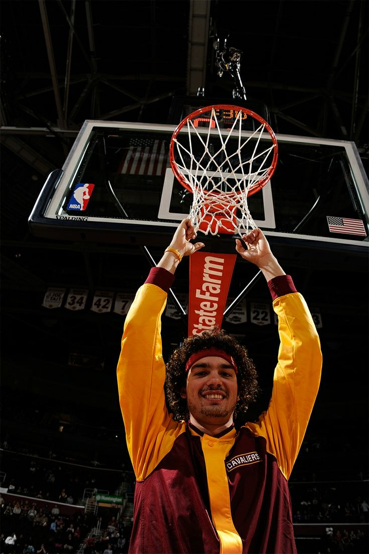 Varejao...Cavaliers vs. Wizards - November 20, 2013 | THE OFFICIAL SITE OF THE CLEVELAND CAVALIERS