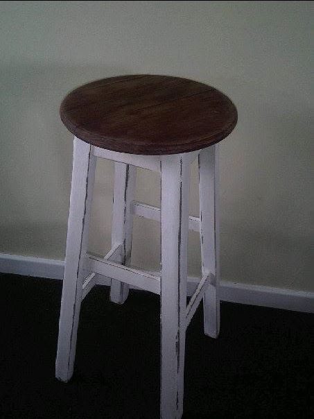 Barstool in shabby chic white finish with natural wood top