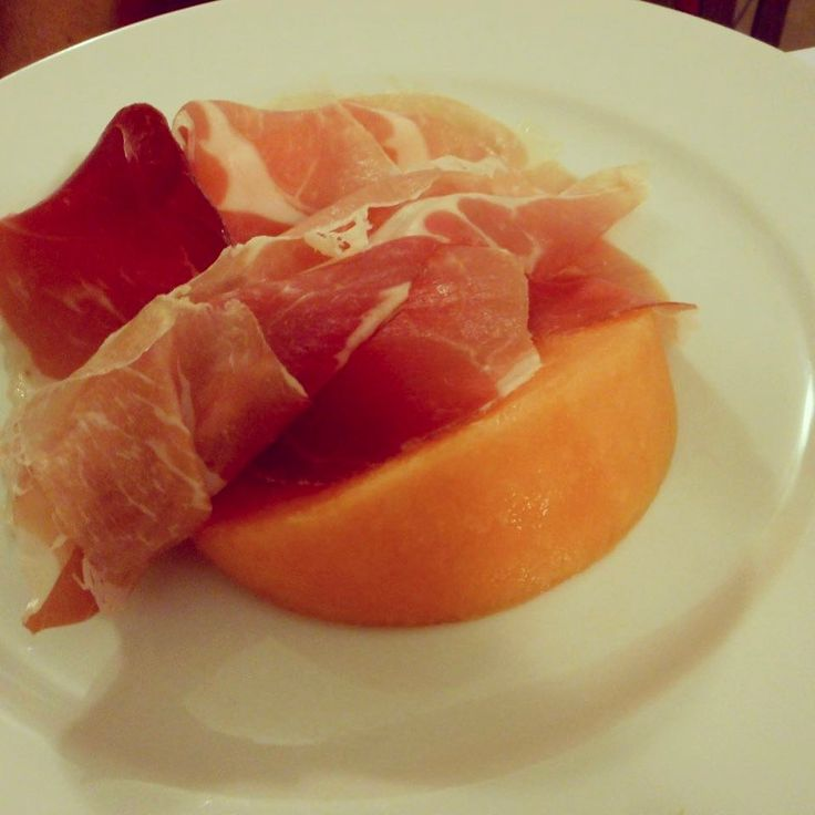 "I'd rather be eating prosciutto melone in Italy at one of my go-to Rome restaurants than dealing with the horrid weather in Toronto today! Post @ www.travelfoodcool.com ""Dinner That Makes You Sing"". #prosciutto #melone #foodie #foodblogger #foodporn #italy #rome #toronto #the6ix #the6 #loveTO #hatewinter #summermeals"