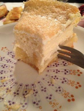 Juli - mit Liebe gemacht: Sonntagskuchen - Birnenkuchen mit Puddingquarkfüllung und Eischneehaube