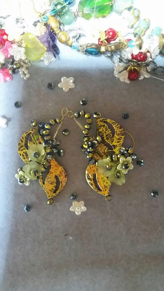 Check out this item in my Etsy shop https://www.etsy.com/au/listing/541142834/valentine-day-floral-earrings-my-spring