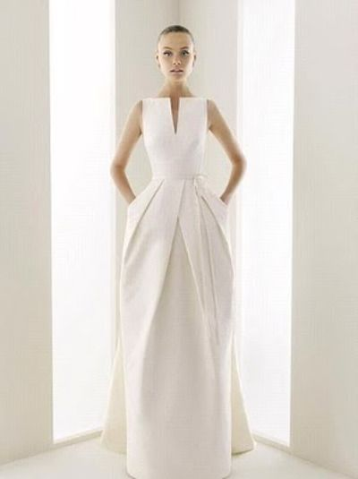 the lines of this dress are amazing #wedding