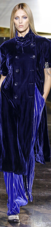 Fall 2016 Ready-to-Wear H&M ~ETS #bluevelvet