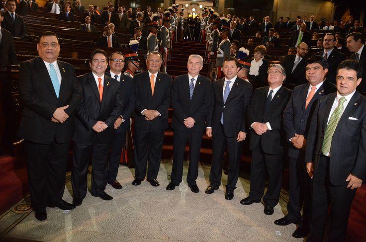 06. LLAMADO. Previo a escuchar el discurso de Luis Rabbé, como Presidente del Legislativo, los nueve diputados que integran la nueva Junta Directiva asistieron al llamado de juramentación.